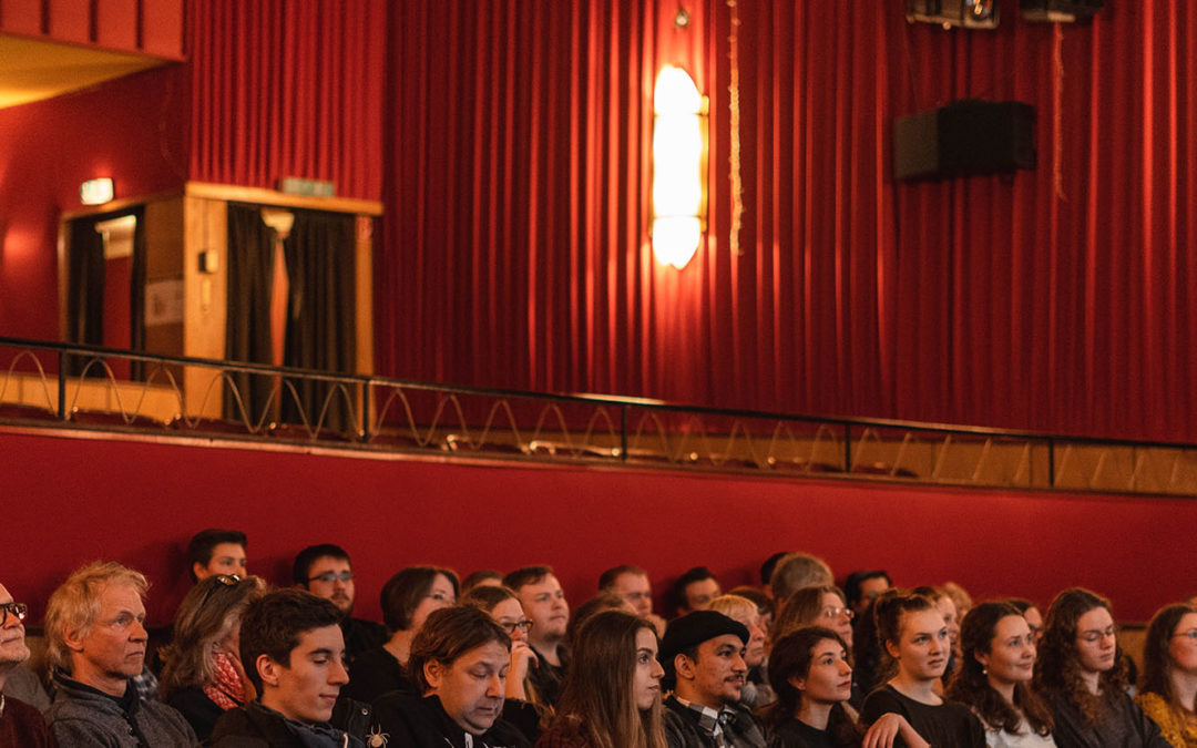 Filmabend im Goli Theater