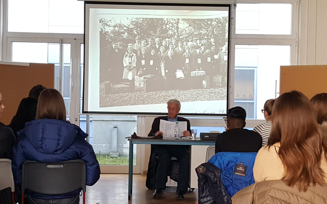 Geschichte aus erster Hand – Zeitzeugenvortrag an der Gesamtschule Mittelkreis